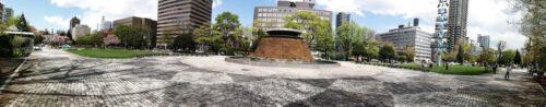パノラマによる大通公園11丁目全体。