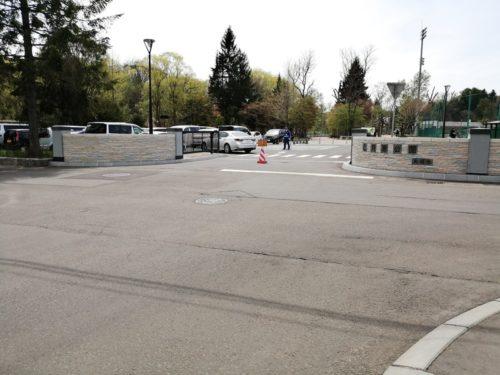 坂下駐車場の出入口