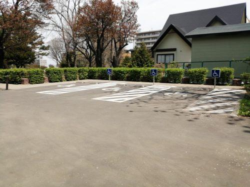 障害者専用駐車場の全体