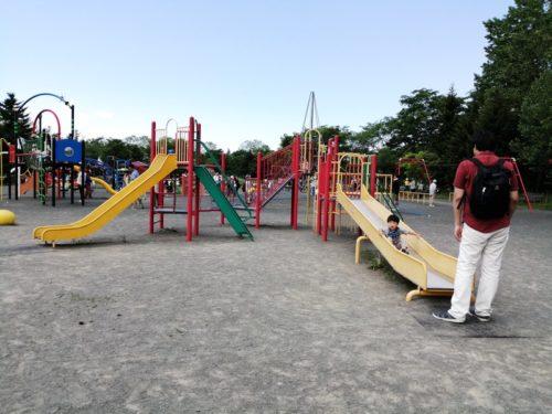 幼児が遊べる、コンビネーション遊具