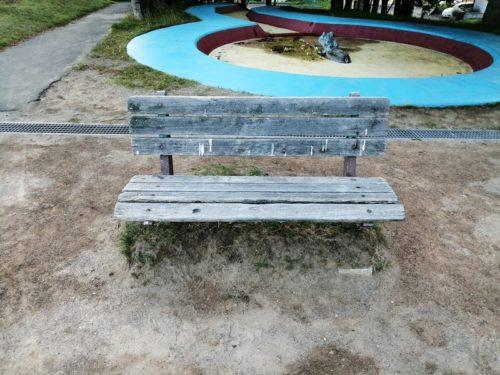 複数種類のベンチ