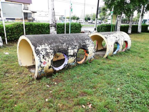 トンネル遊具