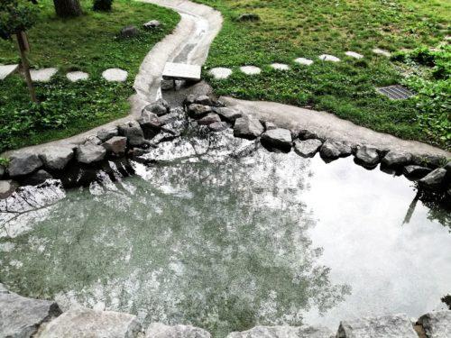 水遊び場(修景水路)全体