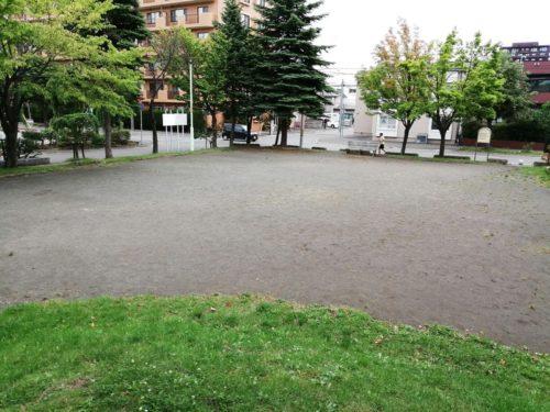 ゲートボール場(多目的広場)