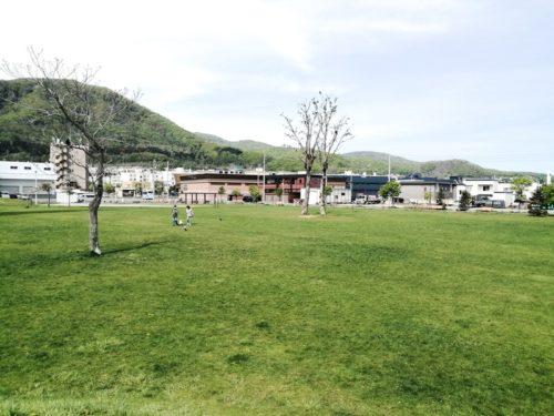 芝生広場(多目的広場)
